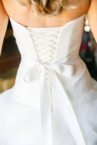 The back detail of this Pronovias ballgown was super chic and elegant for our Westchester bride's Spring wedding. If you like back detail, this corset design is perfect!
