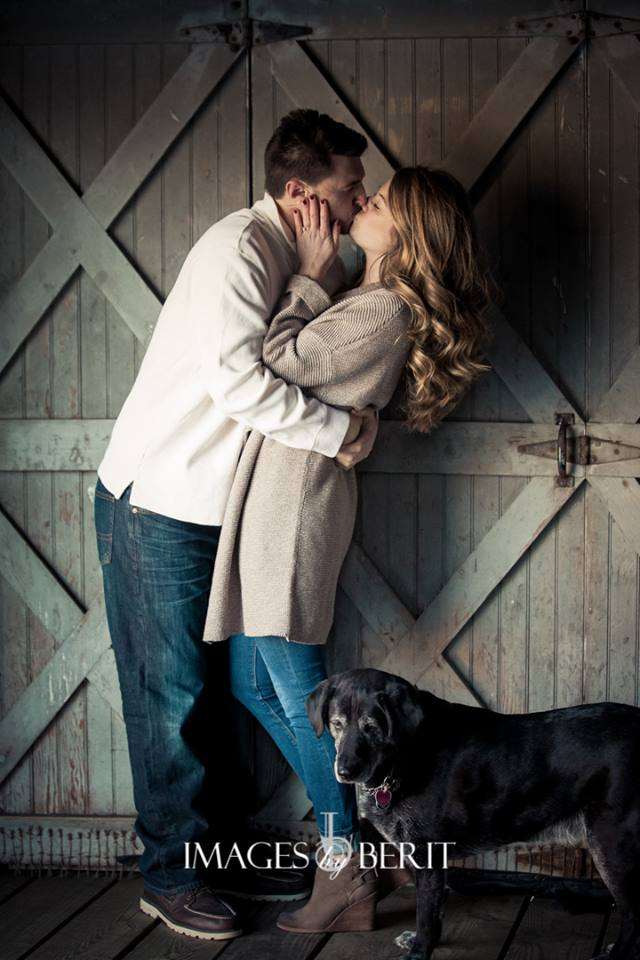 Engagement Photo Sessions are a must for every engaged couple. Read our blog about why it's so important for every bride and groom and get tips how to make them great!