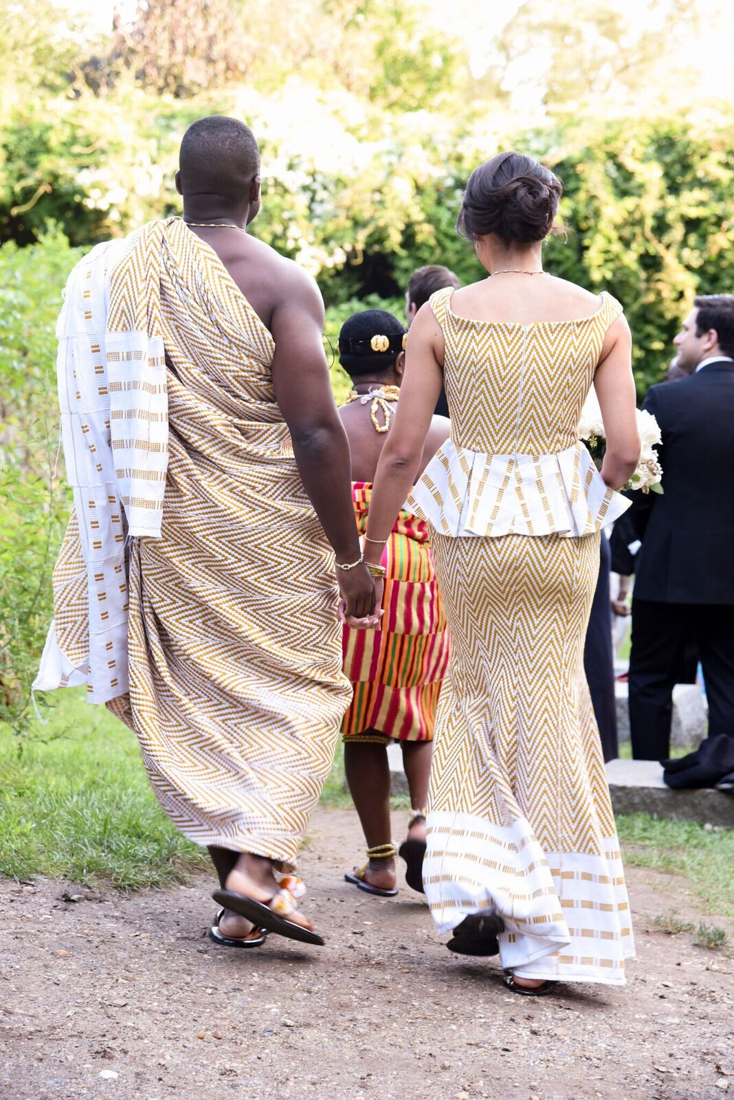 A Ghanaian ceremony in this real garden wedding we planned at Grounds for Sculpture in Princeton New Jersey. See all the details and chic photos from the wedding day in this blog!