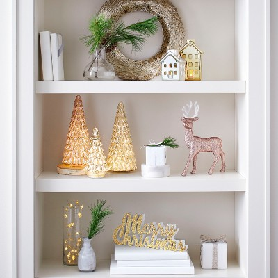 christmas decor on shelves