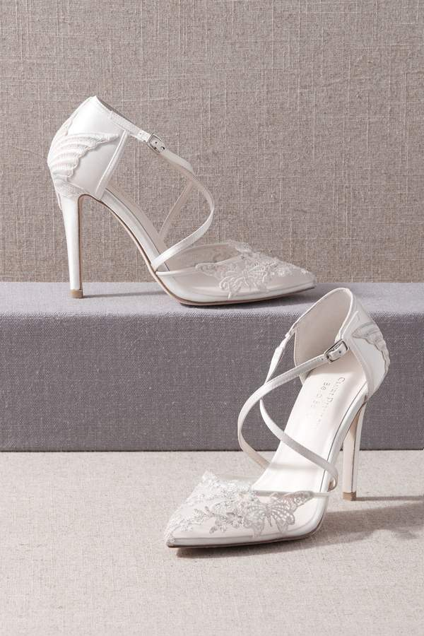 lace white wedding shoes